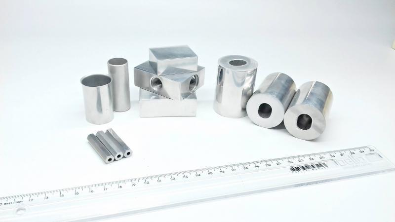 Tubos trefilados de alumínio