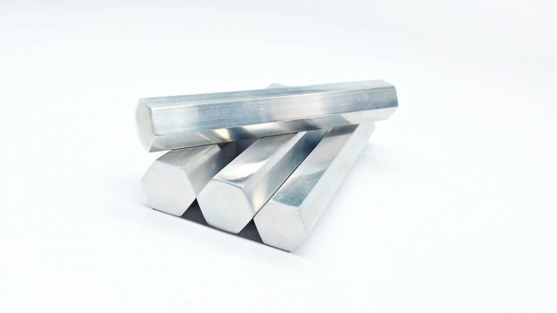 Tubo de alumínio sextavado